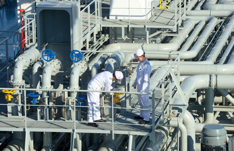 https://shipping-news.marineonline.com/wp-content/uploads/2020/09/ExxonMobil-768x497.jpg